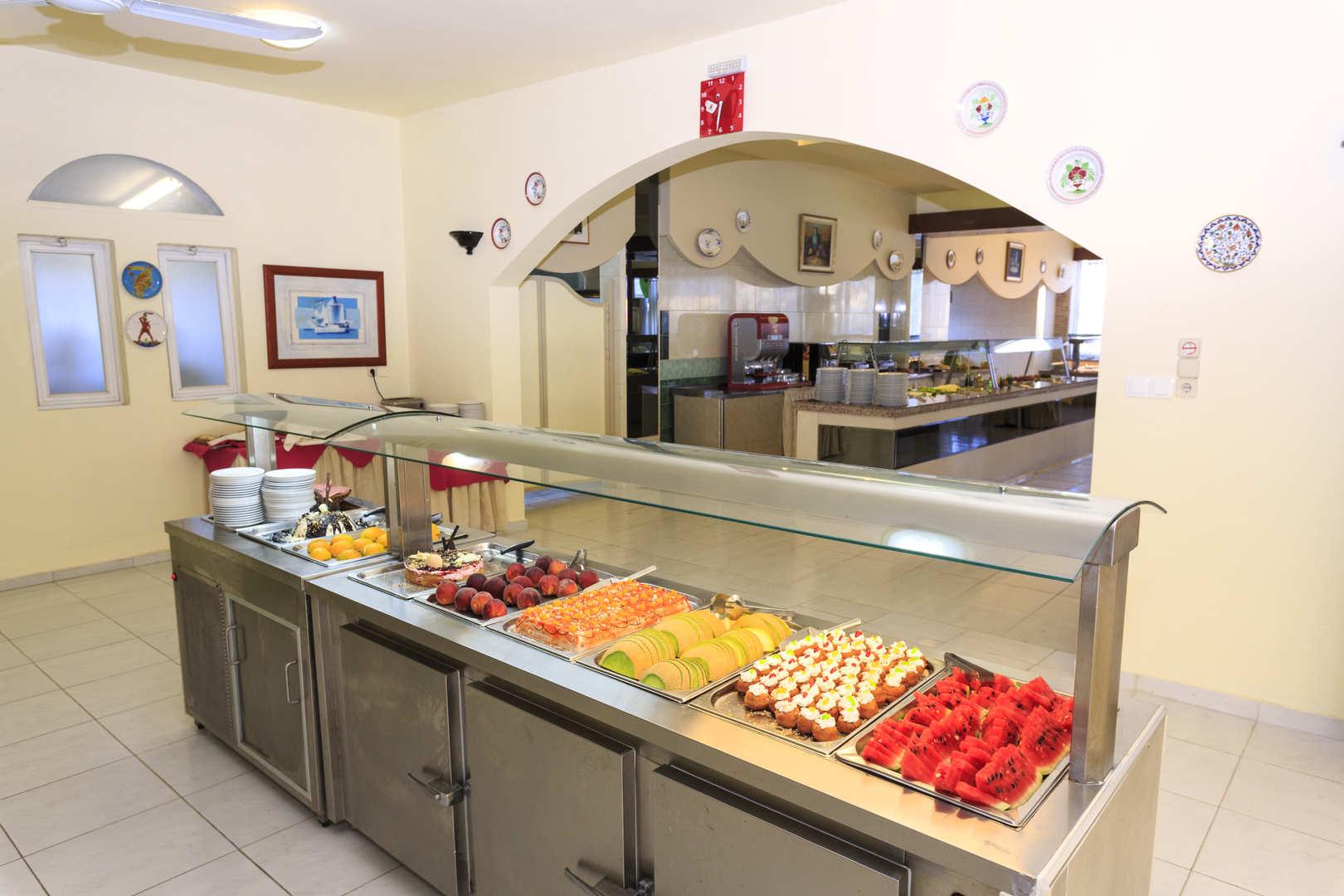 golden-odyssey-restaurant-buffet